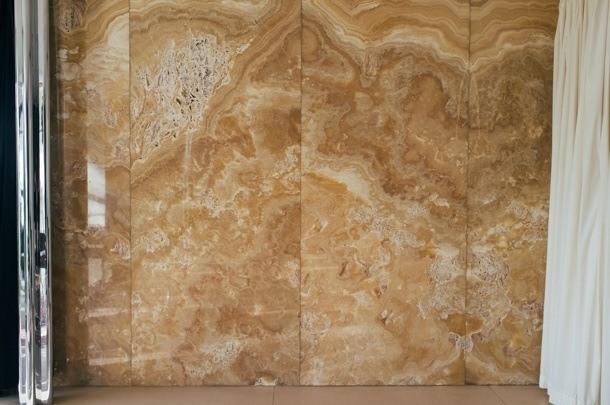Vila Tugendhat - stěna z onyxu