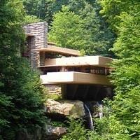 Vila nad vodopádem